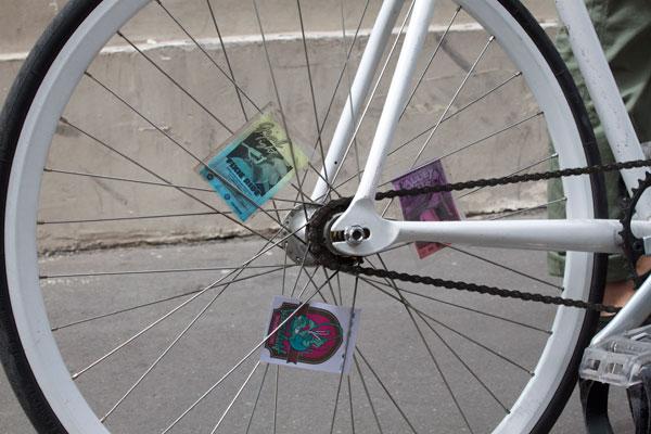 roue arriere cadre blanc