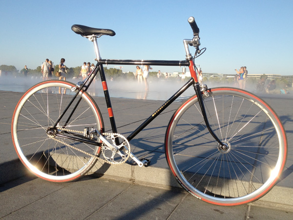 fixie-motobecane-bordeaux